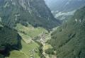 Foto 04339 - Flugaufnahme Dorf mit Grosstal