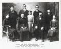 Foto 11752 - Aschwanden-Gisler Johann und Marie 1918 mit Nachkommen Josefine, Josef, Otto, Emma, Alois, Hans, Frieda