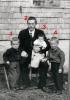 Foto 04946 - Furggelen Sepp mit den Kindern von der ersten Frau