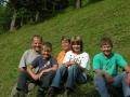 Foto 01078 - Fam Kempf-Arnold Gietisfluh v.l. Vater Josef , Andre , Mutter Erika ,Corinne ,Roger