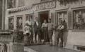 Foto 01675 - Vor Gasthaus Gasser (Tourist) 1923