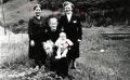 Foto 04061 - Vier Generationen im Stettli