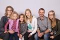 Bissig-Imholz Antonia und Oskar mit Kindern (vl.) Svenja, Lara, Jessica,Elena , Isenthal 1974 1976, 2002, 2004, 2007, 2009