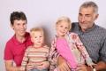 Arnold Agi und Paul mit Grosskindern Lia und Nik, Haldi