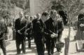 Foto 230 - Auf dem Friedhof bei der Primiz von Hans Aschwanden 1945