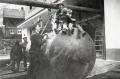 Foto 655 - Hausbau Kari und Josy Aschwanden-Zurfluh - Der Tank wird versenkt