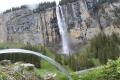12087 - Fotowettbewerb Rang 25 - Springbrunnen vor dem Wasserfall - von Ruedi Bissig, Isenthal