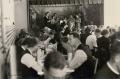 Foto 231 - Im Theatersaal bei der Primiz von Hans Aschwanden 1945